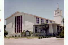 gallery_then-now_61-09h_harlingen-afb-chapel_9