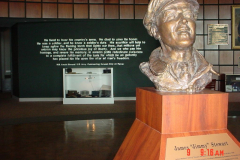 mighty8th-nav-exhibit-with-james-stuart-bust